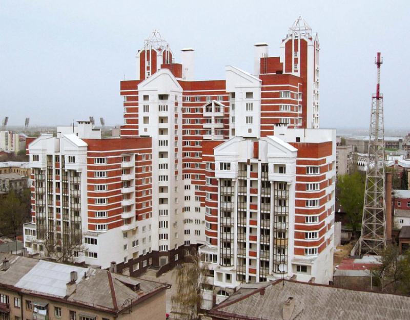 Жилой дом на ул. Среднемосковской, 6А