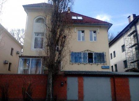 Дом 479.00-Кв.м. на участке 6.00 сот.
