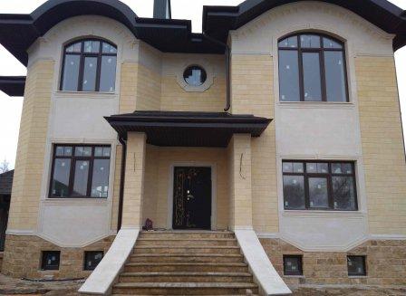 Дом 300.00-Кв.м. на участке 10.00 сот.