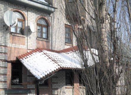 Дом 400.00-Кв.м. на участке 15.00 сот.