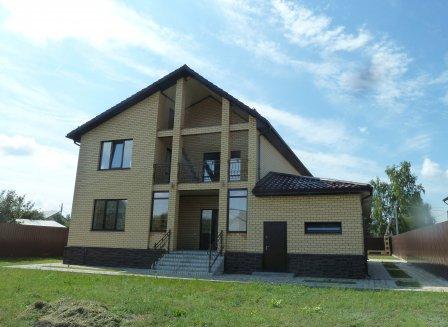 Дом 240.00-Кв.м. на участке 15.00 сот.