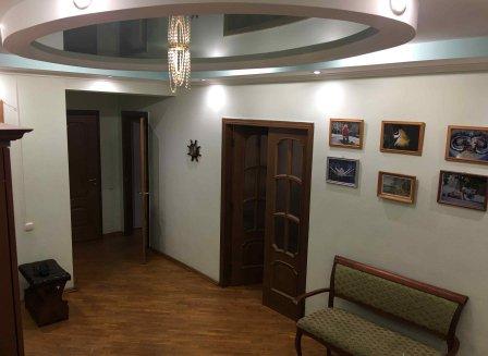 3-комнатная квартира, 107.00-Кв.м.