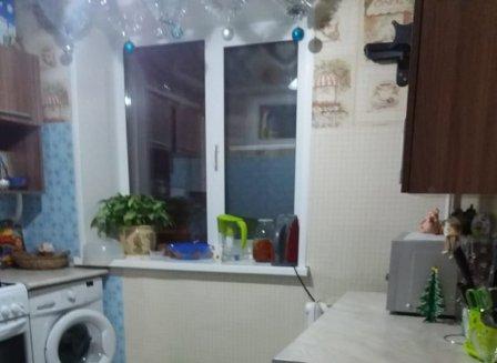 4-комнатная квартира, 61.00-Кв.м.
