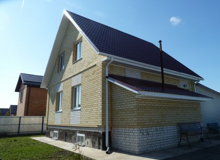 Дом 205.40-Кв.м. на участке 13.50 сот.