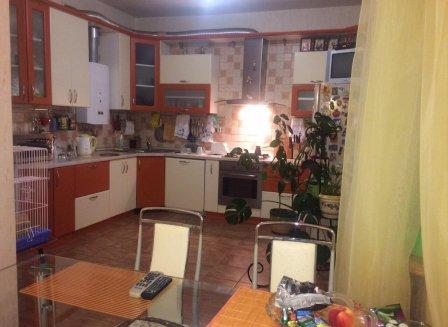 Дом 300.00-Кв.м. на участке 12.00 сот.