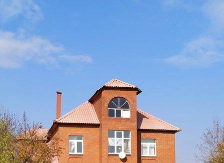Дом 279.20-Кв.м. на участке 10.00 сот.