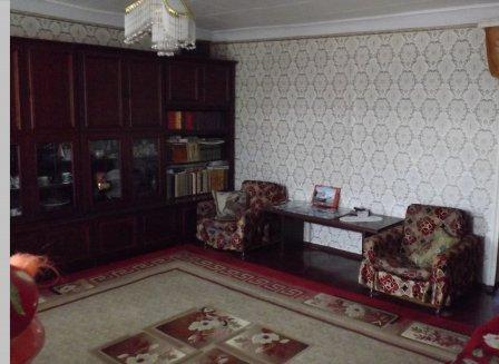 Дом 95.70-Кв.м. на участке 4.10 сот.