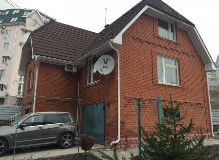 Дом 145.00-Кв.м. на участке 6.00 сот.