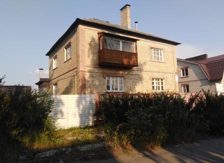 Дом 329.00-Кв.м. на участке 15.00 сот.