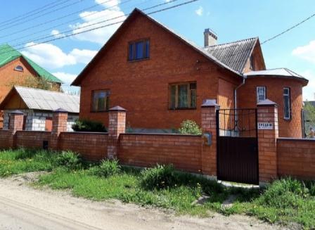 Дом 221.80-Кв.м. на участке 12.00 сот.
