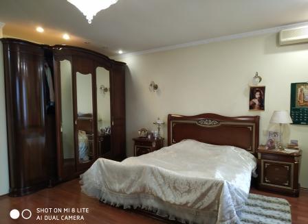 3-комнатная квартира, 122.00-Кв.м.