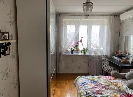 3-комнатная квартира, 70.00-Кв.м.