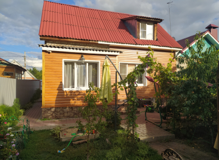 Дом 102.00-Кв.м. на участке 3.00 сот.