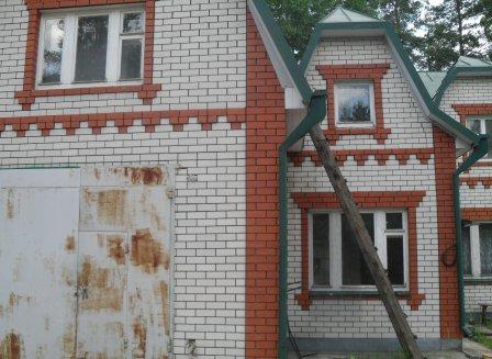 Дом 200.00-Кв.м. на участке 8.00 сот.