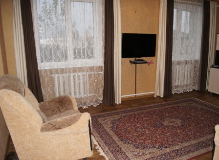 3-комнатная квартира, 77.00-Кв.м.