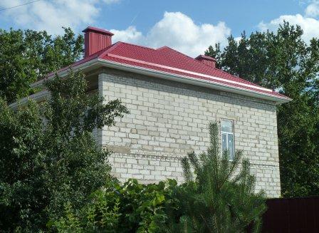 Дом 180.00-Кв.м. на участке 10.00 сот.