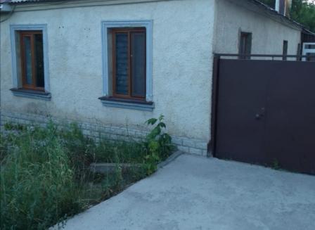 Дом 76.00-Кв.м. на участке 7.90 сот.